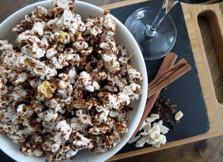 gingerbread-popcorn